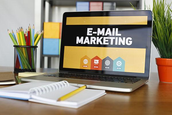 Vertriebsunterstützung, E-Mail-Marketing
