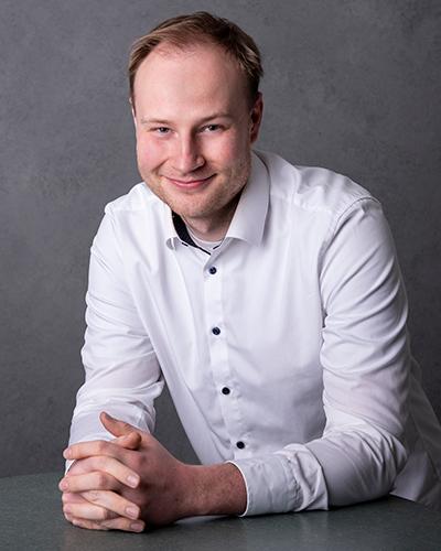 Nikita Gordeev, Bereich Vertrieb